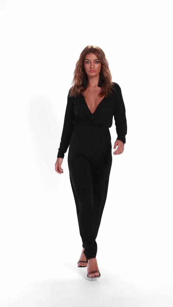 Find jumpsuit sleeves black at ShopStyle. Shop the latest collection of jumpsuit sleeves black from the most popular stores - all in one place.