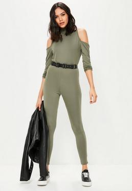 Combinaison vert kaki à col montant et épaules dénudées