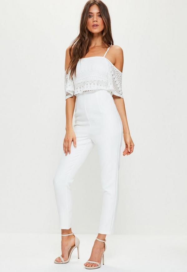 White lace overlay cold shoulder jumpsuit missguided - Combinaison rose pale ...