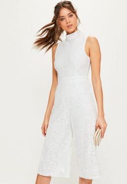 Combinaison culotte blanche en dentelle à col montant