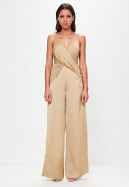 Peace + Love Jumpsuit mit Knoten-Dekolletee in Goldbraun