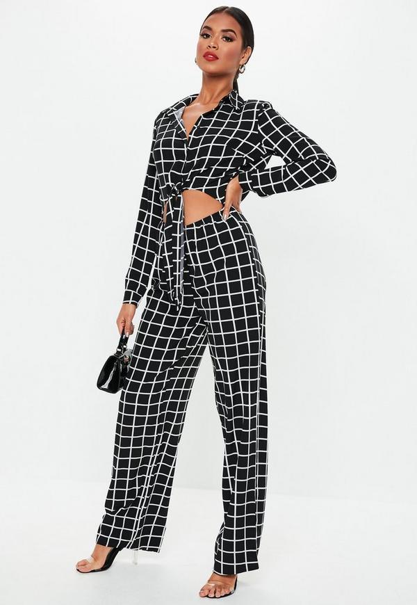 af961579b57 Black Grid Print Long Sleeve Tie Front Jumpsuit