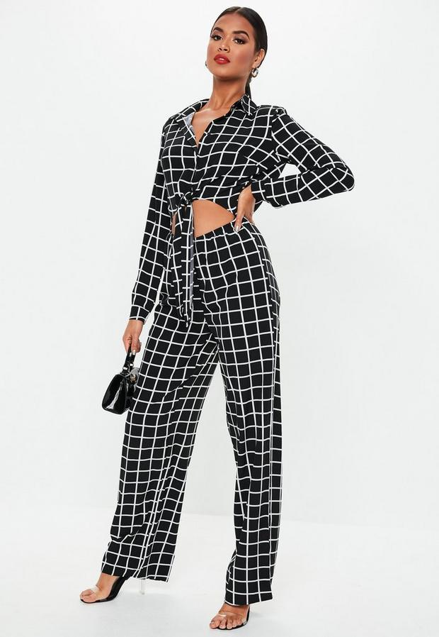 Missguided - Grid Print Long Sleeve Tie Front Jumpsuit - 1