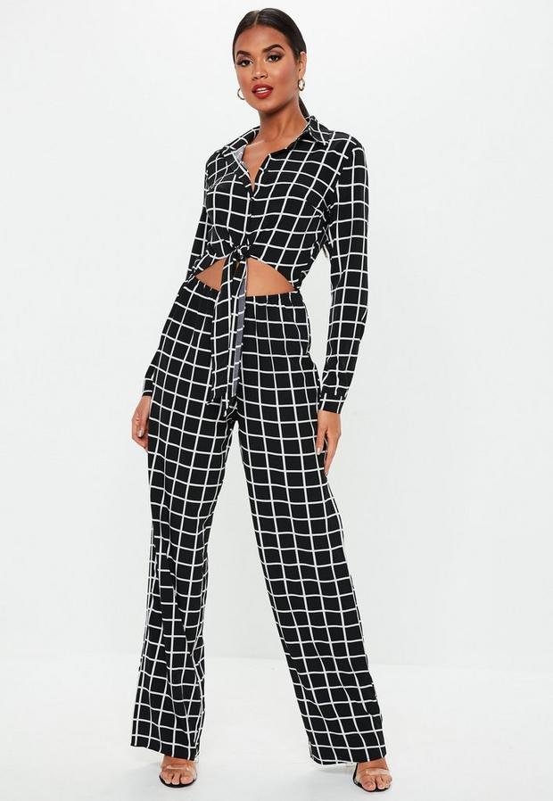 Missguided - Grid Print Long Sleeve Tie Front Jumpsuit - 2