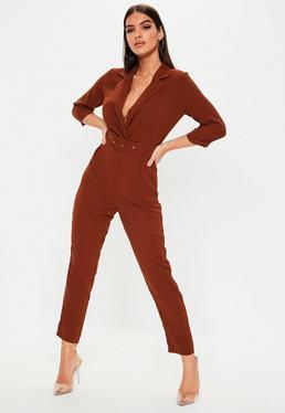 2d9c96a66991 Combinaison large plissée rose à découpe · Combinaison blazer marron à  ceinture
