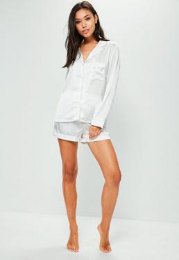 Pyjama Set mit Paspelierung in Weiß