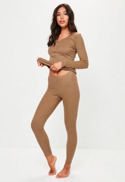 Brązowy prążkowany komplet piżamowy top & leginsy