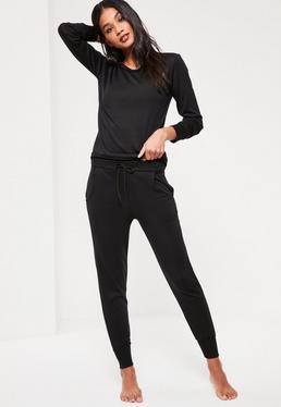 Chándal con manga larga y pantalón largo en negro