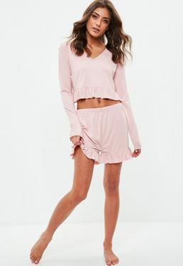 Pijama elástico con volantes en rosa