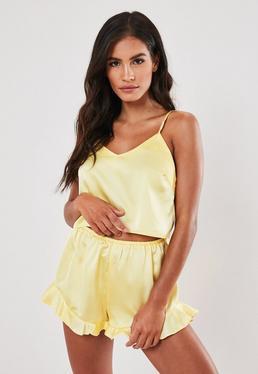 Короткий пижамный комплект из желтой атласной ткани Cami
