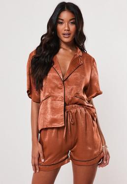 Ржавые атласные блестящие контрастные пижамные шорты