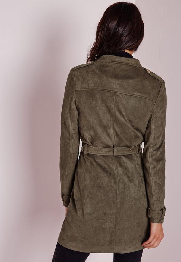 Longue veste en faux daim vert kaki missguided - Comment nettoyer une veste en daim ...