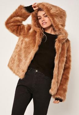 Fake-Fur-Mantel mit Kapuze in Camel