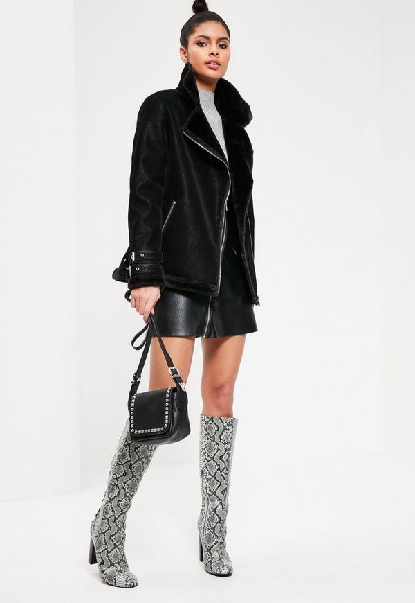 Black oversized fur coat