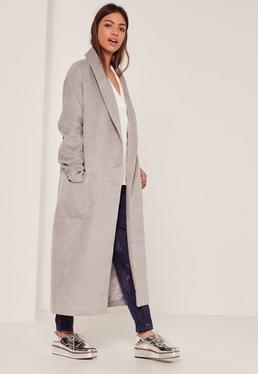 Manteau long gris texturé à revers
