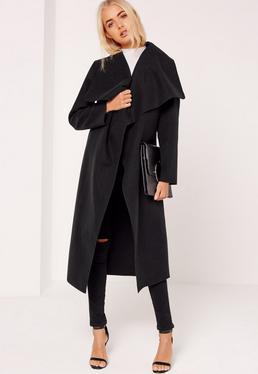 Abrigo duster oversize con diseño en cascada negro