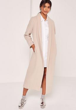 Abrigo largo con cuello esmoquin de lana sintética nude