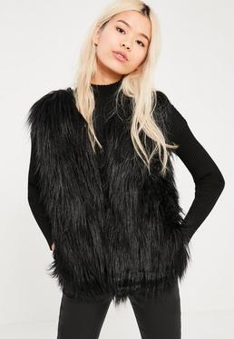 manteau de fourrure femme capuche col fourrure. Black Bedroom Furniture Sets. Home Design Ideas