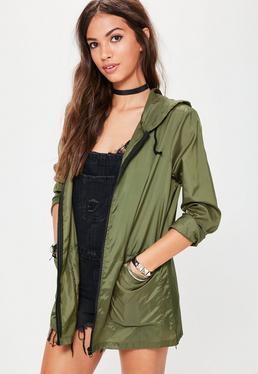 Imperméable vert kaki à capuche