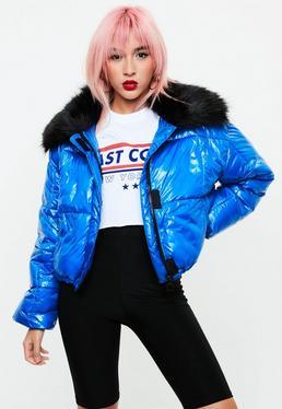 Niebieska watowana kurtka z futrem