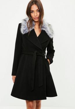 Abrigo skater con cinturón de lana en negro