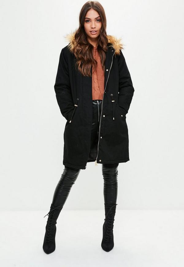 schwarzer parka mit kontrast faux fur kapuze missguided. Black Bedroom Furniture Sets. Home Design Ideas