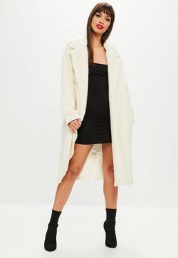 Abrigo largo de lana en beige