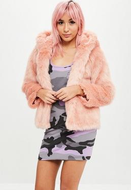 Barbie x Missguided Abrigo de pelo sintético en rosa