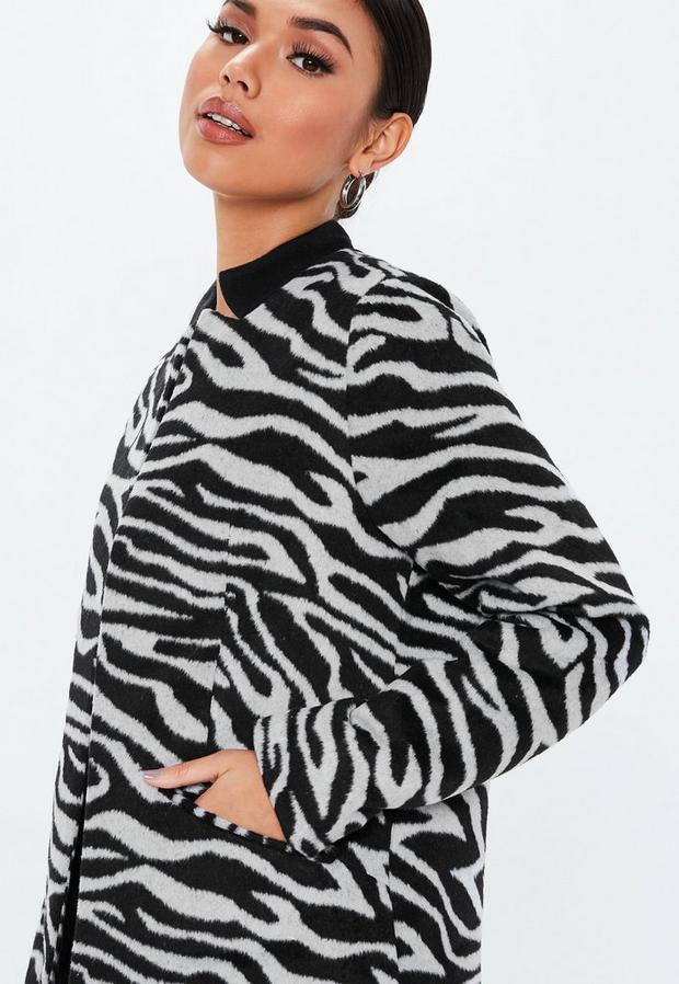 Missguided - Zebra Inverted Collar Coat - 3