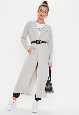 Szary długi płaszcz z długimi rękawami