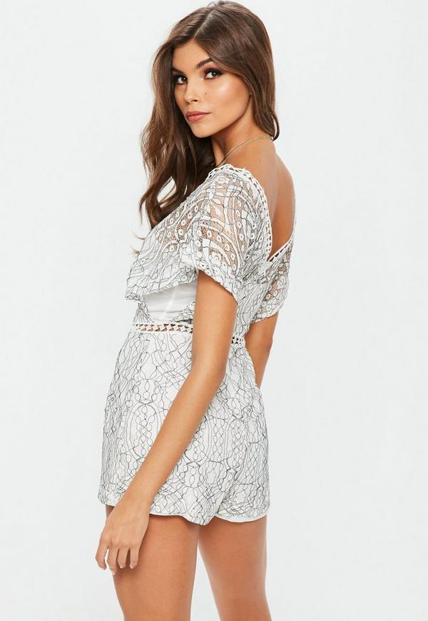 DressHQ is a women's fashion boutique designed for lovers of fashion & style. Browse our range of cheap and affordable playsuits in Australia. We're sure you'll love our range of party dresses, formal dresses, dresses for everyday wear, bikinis, shoes, cute tops and bottoms, pastels, prints and so .