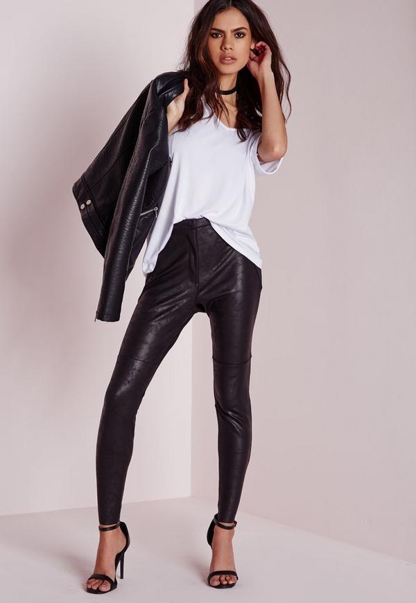 pantalon skinny en similicuir noir enduit missguided. Black Bedroom Furniture Sets. Home Design Ideas
