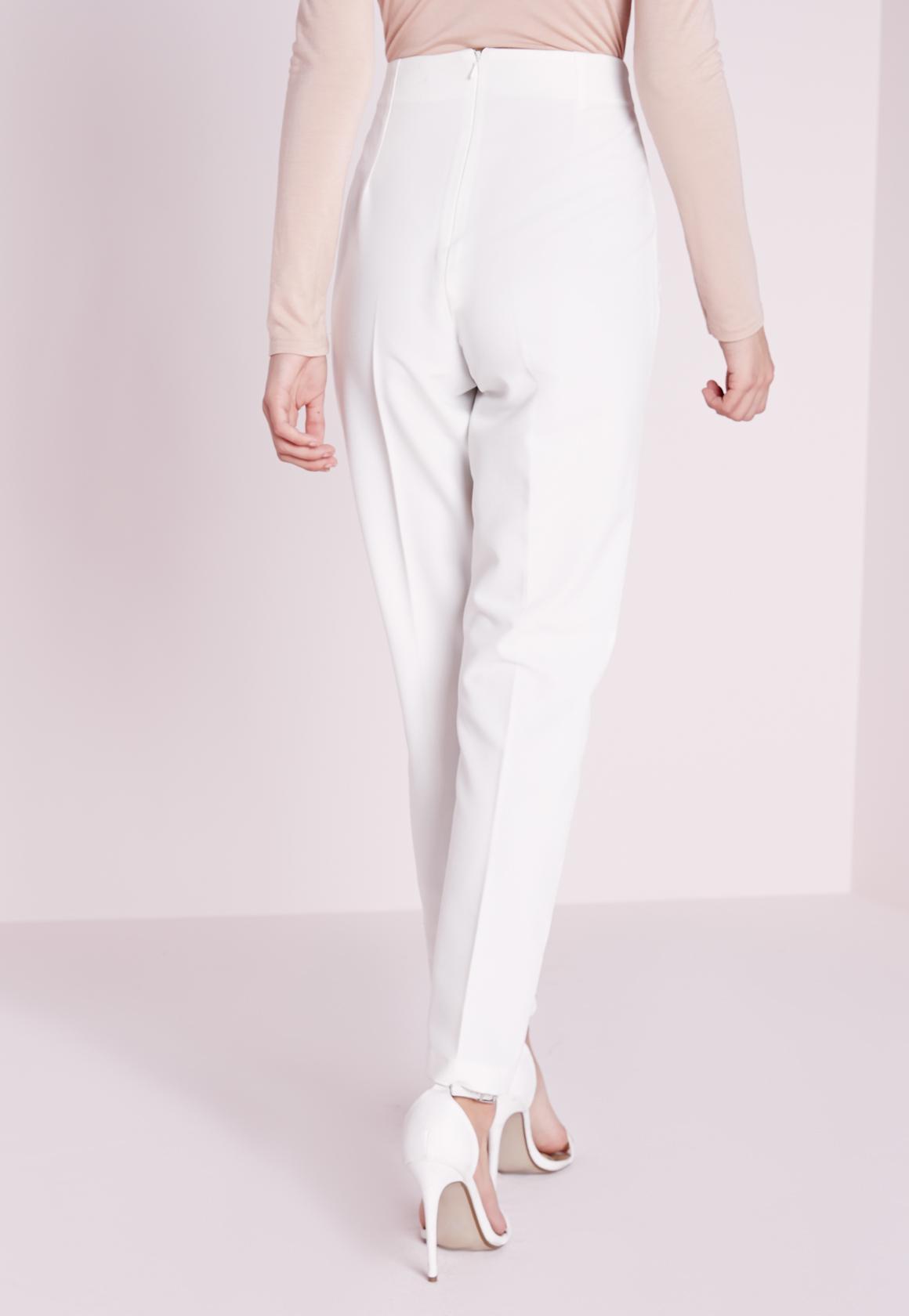 Fabuleux Pantalon cigarette blanc à taille haute | Missguided AW22