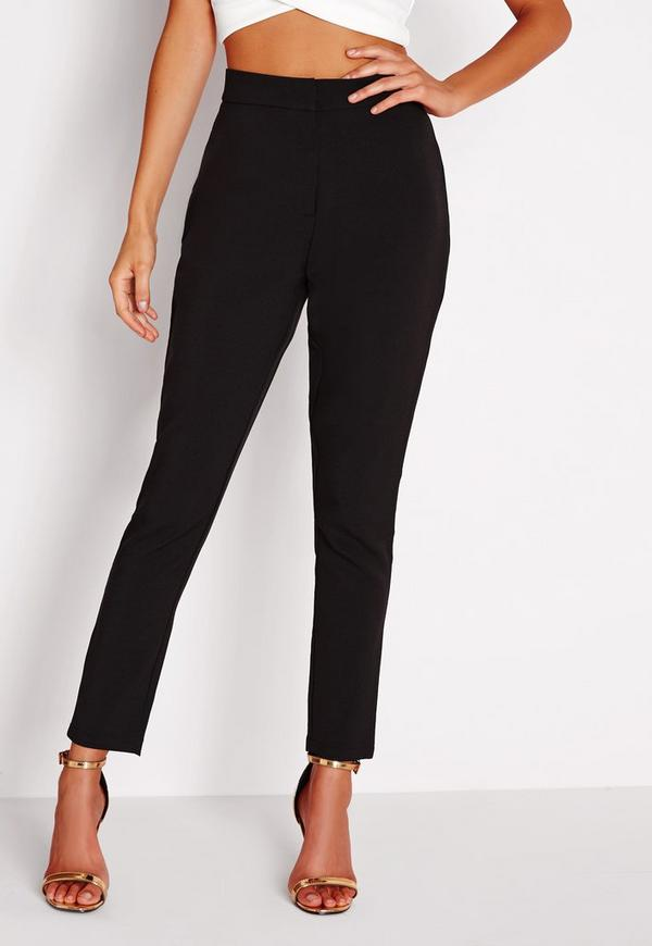 Recreate a look that is reminiscent of s sophistication, with our collection of women's cigarette trousers. From cigarette pants in classic slim leg and high-waisted styles, find your favourite in our range and team them with a turtleneck top and ballet flats for a dapper daytime look.