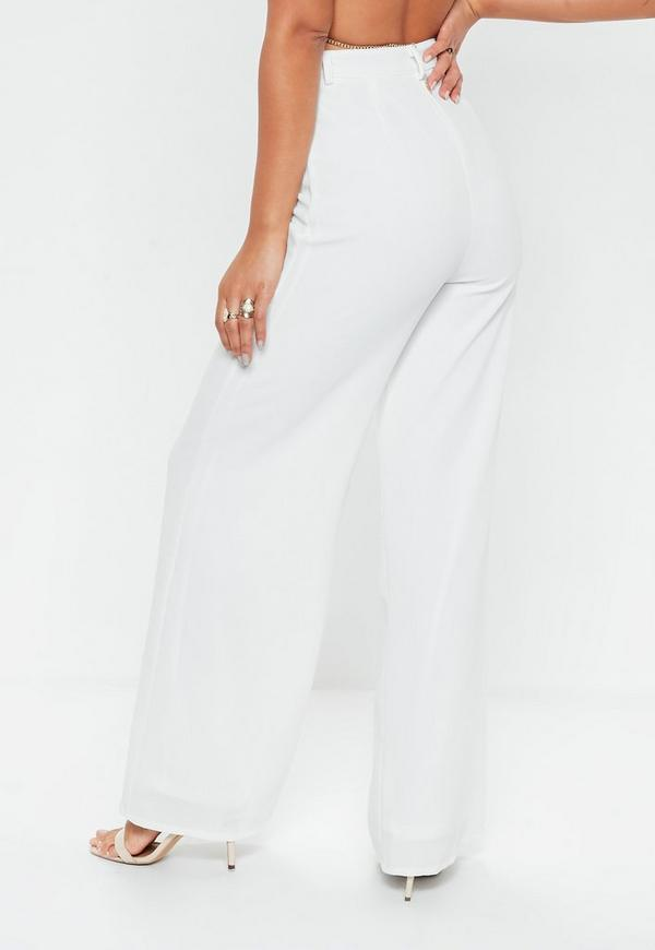 One of the hottest new seasonal trends: wide leg pants! Culottes, gauchos & palazzo pants come in statement making styles & more + 50% off your 1st order!