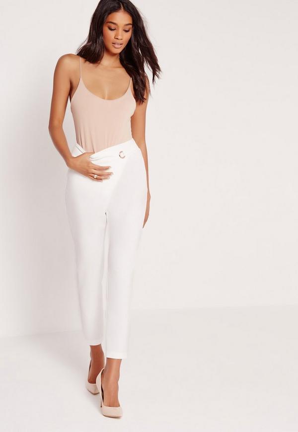 pantalon taille haute blanc avec illet m tallique. Black Bedroom Furniture Sets. Home Design Ideas