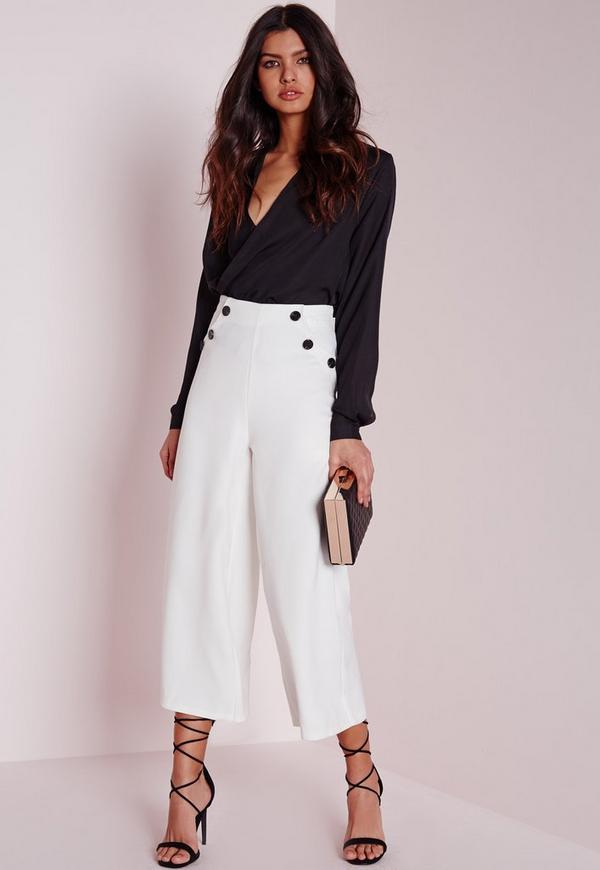 jupe culotte blanche avec boutons contrastants missguided. Black Bedroom Furniture Sets. Home Design Ideas
