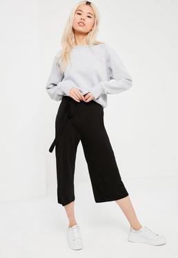 Jupe-culotte ceinturée en jersey noir