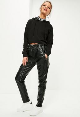 Czarne skórzane spodnie dresowe