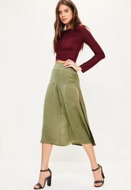 Satynowe spodnie culotte z rozporkami po bokach w kolorze khaki