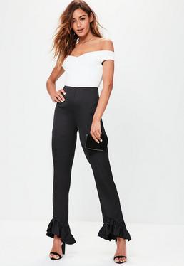 Czarne satynowe spodnie z krepy zakończone falbankami
