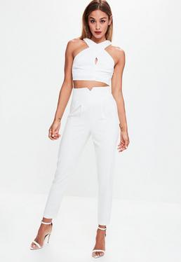 Białe spodnie cygaretki z bardzo wysokim stanem