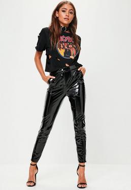 Pantalón pitillo tobillero de vinilo en negro