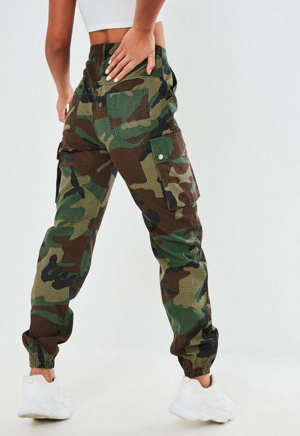 Explore the range of cargo trousers, khaki trousers to black cargo trousers. Shop now at ASOS. your browser is not supported. To use ASOS, we recommend using the latest versions of Chrome, Firefox, Safari or Internet Explorer Reclaimed Vintage Revived Camo Cargo Trousers In Khaki. £ Dickies cargo trousers in straight fit. £