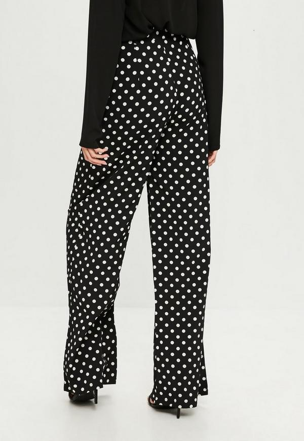 We'll never tire of our tried-and-true denim, but every so often a new trouser style appears on the scene that compels us to switch up our daytime travabjmsh.ga polka dot pants are undeniably a statement piece, you can rock the look no matter your style. On account of how fun they are to wear, they may just become your go-to pants this spring.