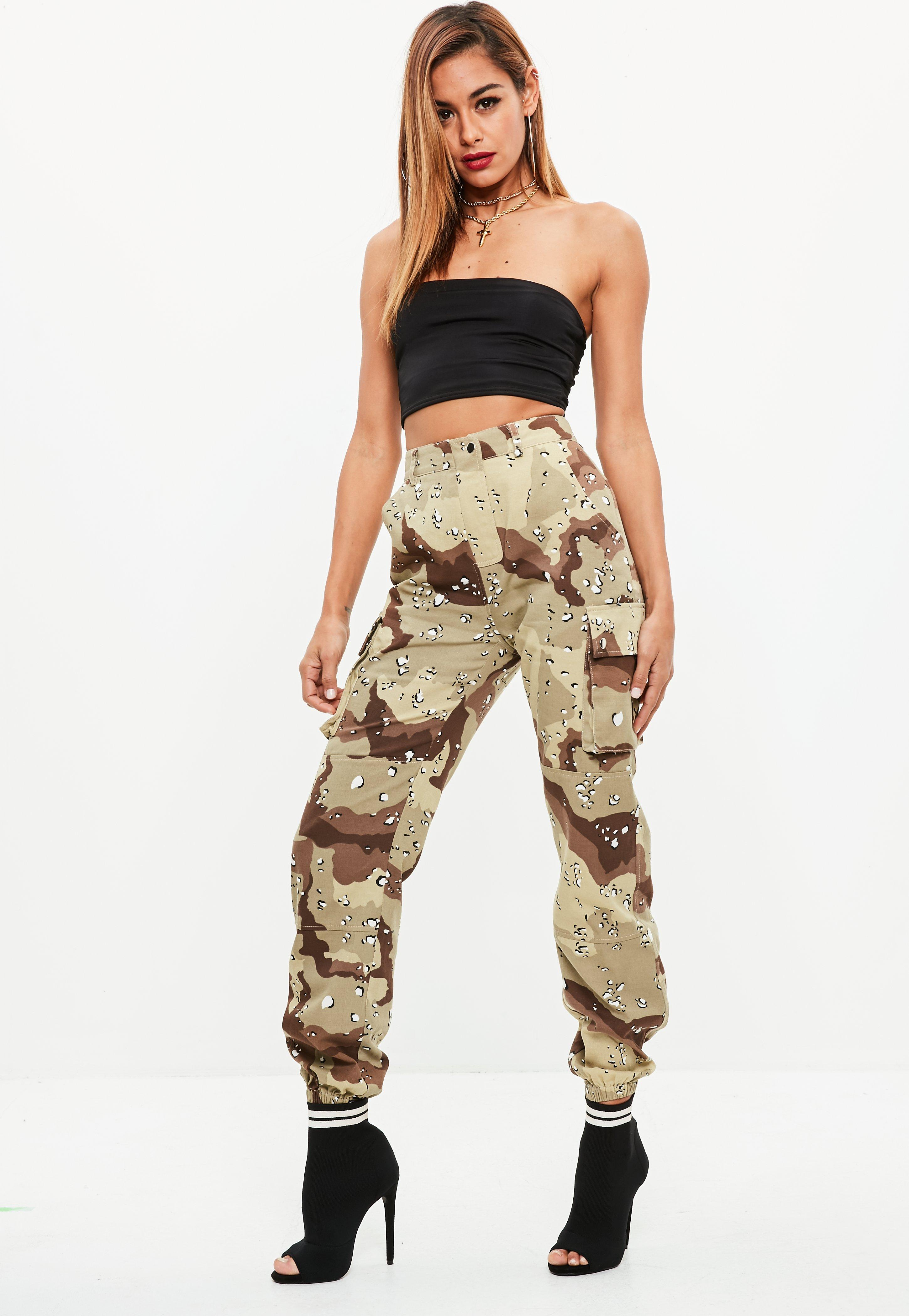 Missguided Premium Khaki Camo Printed Cargo Trousers Comfortable Sale Online 100% Original Low Shipping Sale Online Visit New Cheap Online Sale Popular iXamlOvq