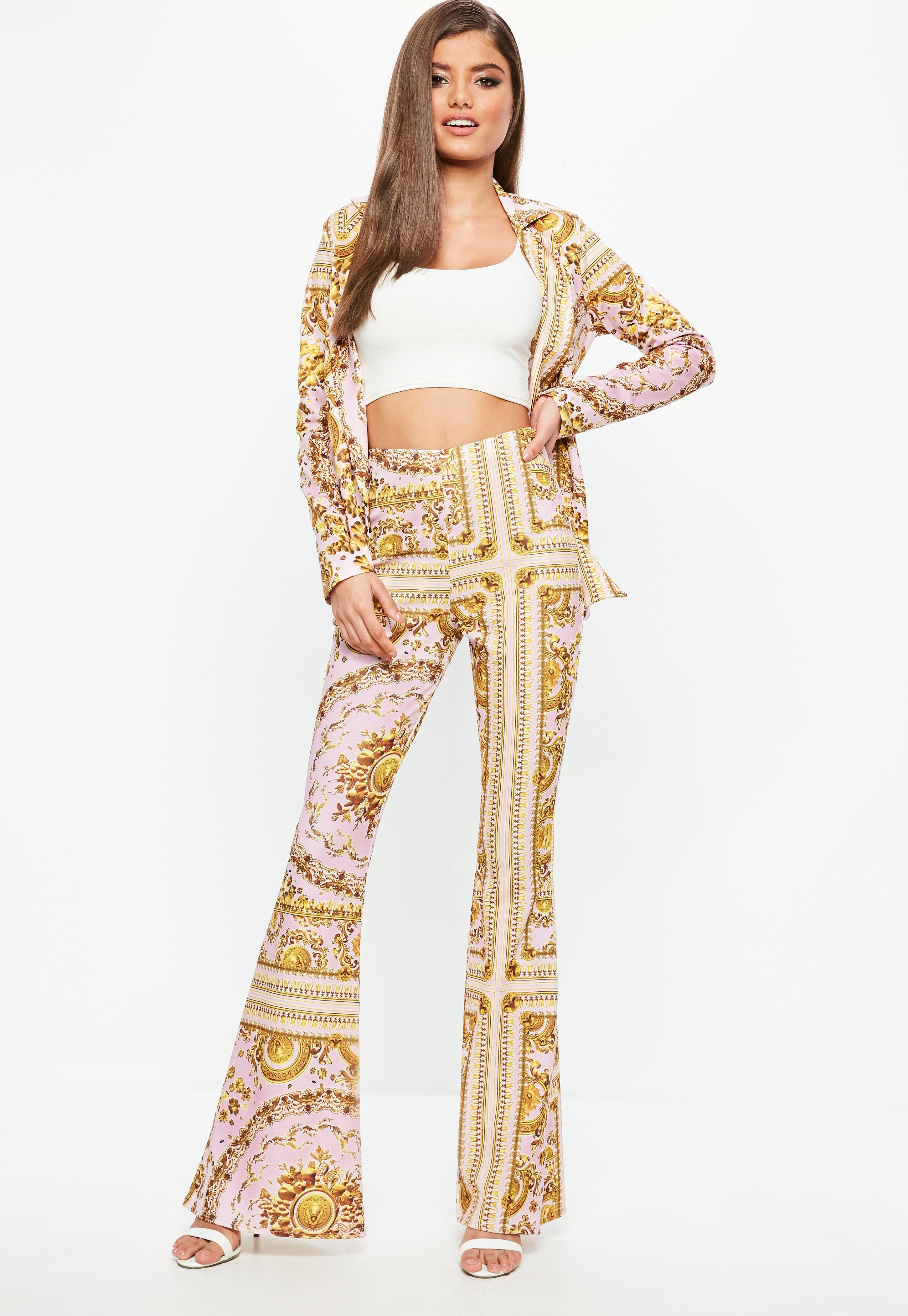 Cheap Sale In China Missguided Chain Print Kick flare Trousers Cheap Finishline Cheap Price Cost Clearance Latest Collections xzwWx2
