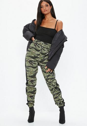 Green Camo Side Stripe Joggers Missguided