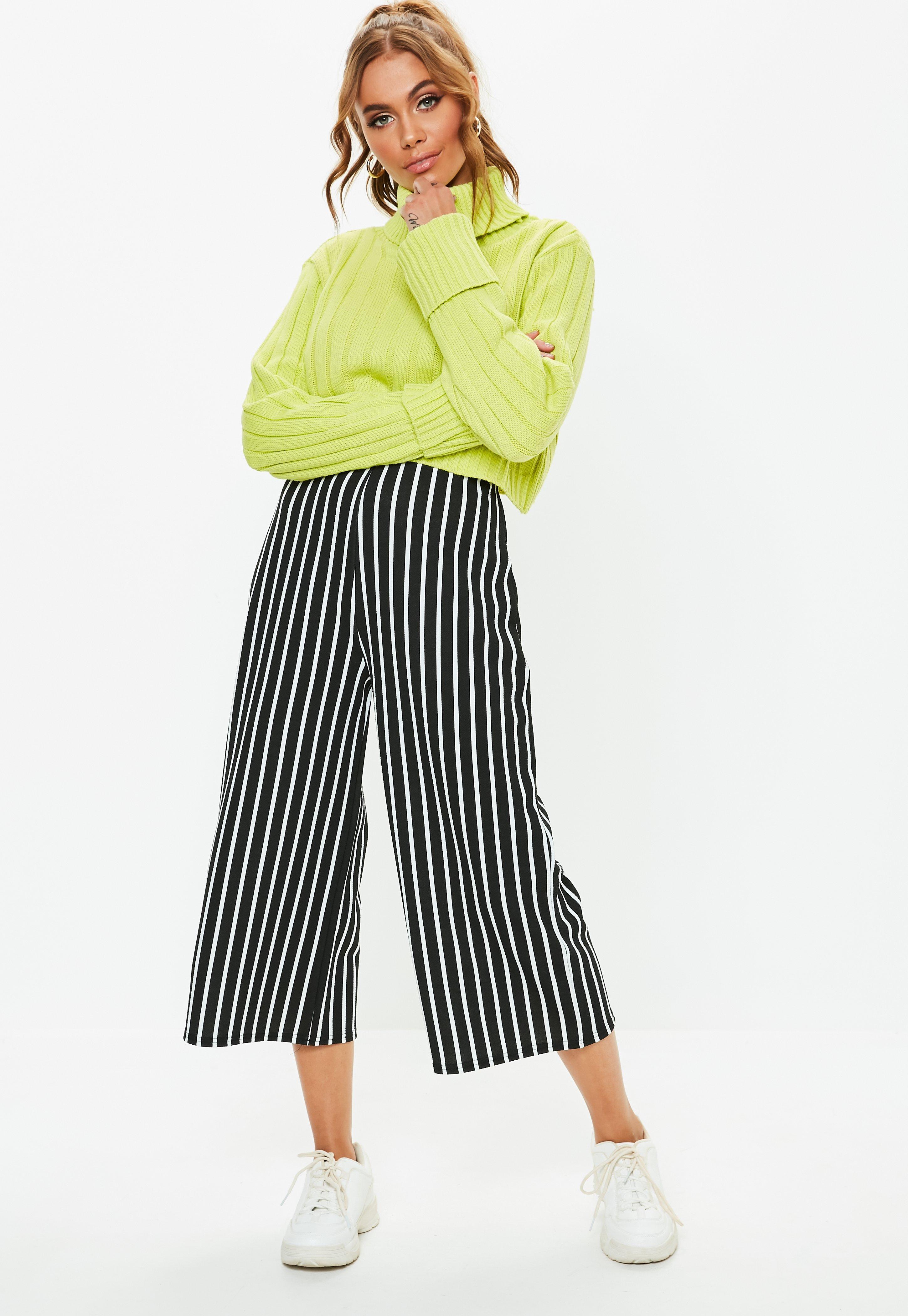 186642e7a1ae Culottes - Cropped Pants   Floral Culottes