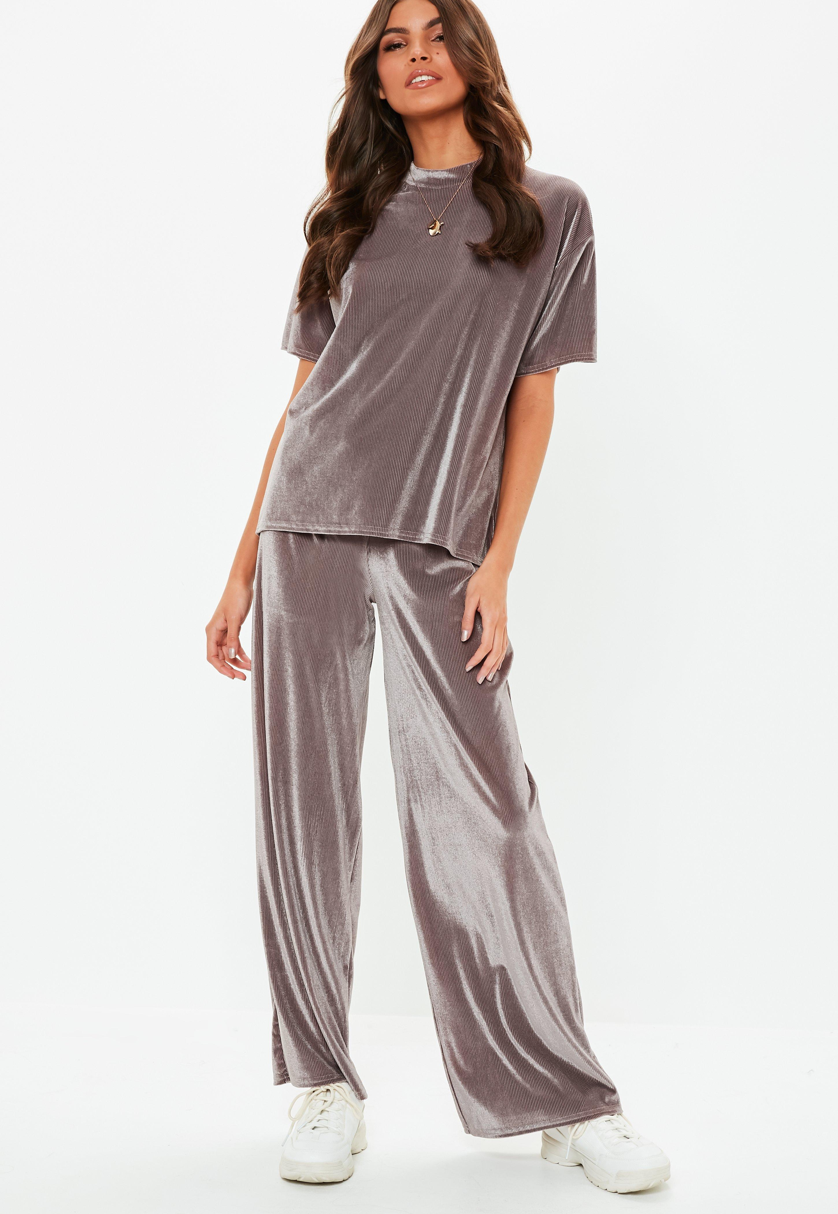 9d237fe26b5a Mauve Velvet Pleated Wide Leg Co Ord Trousers | Missguided